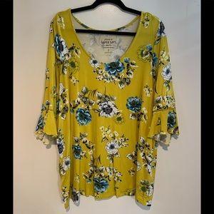 Torrid 3/4 length bell sleeve shirt
